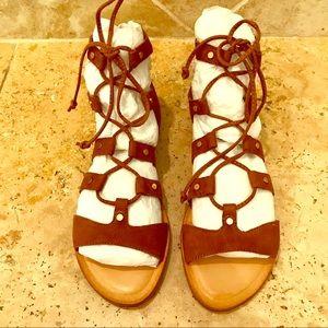 72143bc81f5 Dolce Vita Shoes - Dolce Vita dark saddle suede Jasmyn - Size 8 (NWT)